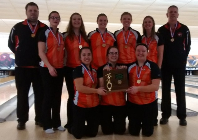 cavs-girls-bowling-district-champions