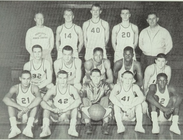 1954 Muncie Central team pic.jpg